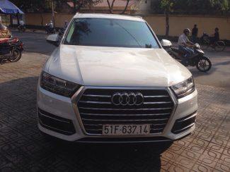 Audi-Q7-01