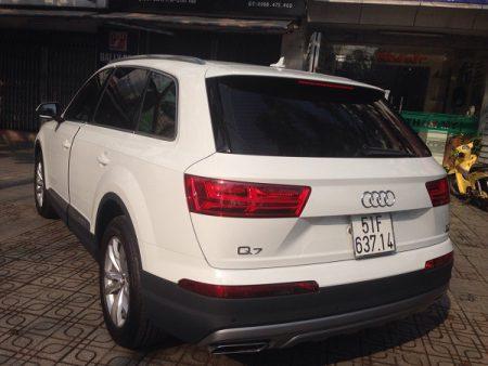 Audi-Q7-05
