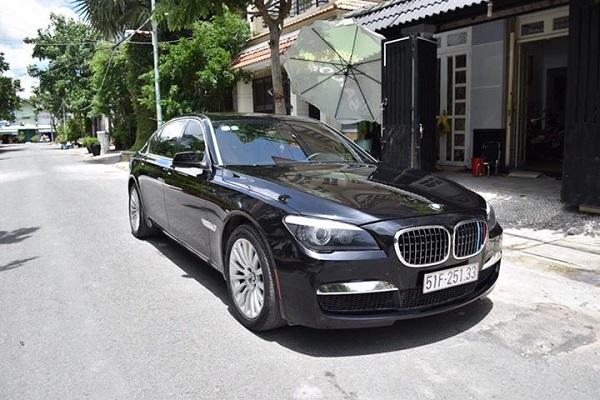 BMW-750li-3