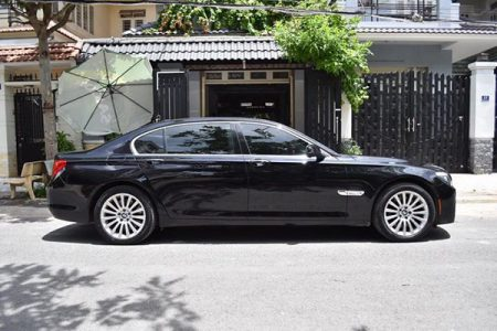 BMW-750li-4