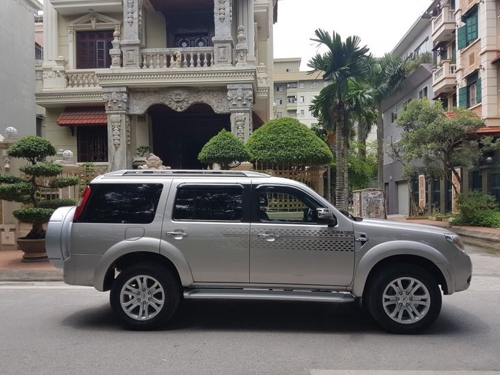 Ford-Everest-09