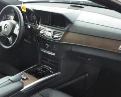 Mercedes-Benz-E200-4