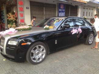 Rolls-Royce-Phantom-01