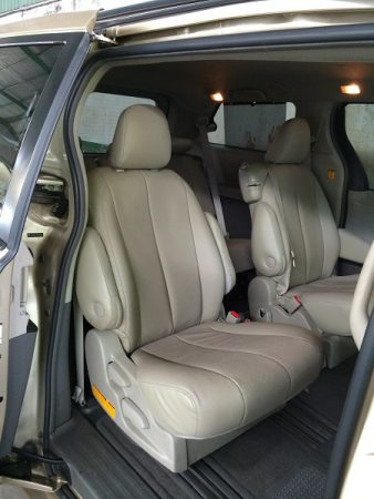 Toyota Siena-5