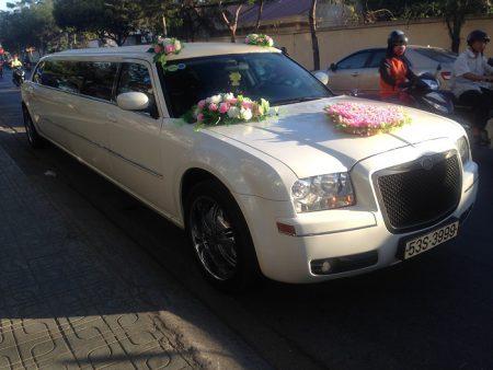 Xe-cuoi-Limousine-09