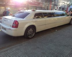 Xe-cuoi-Limousine-10